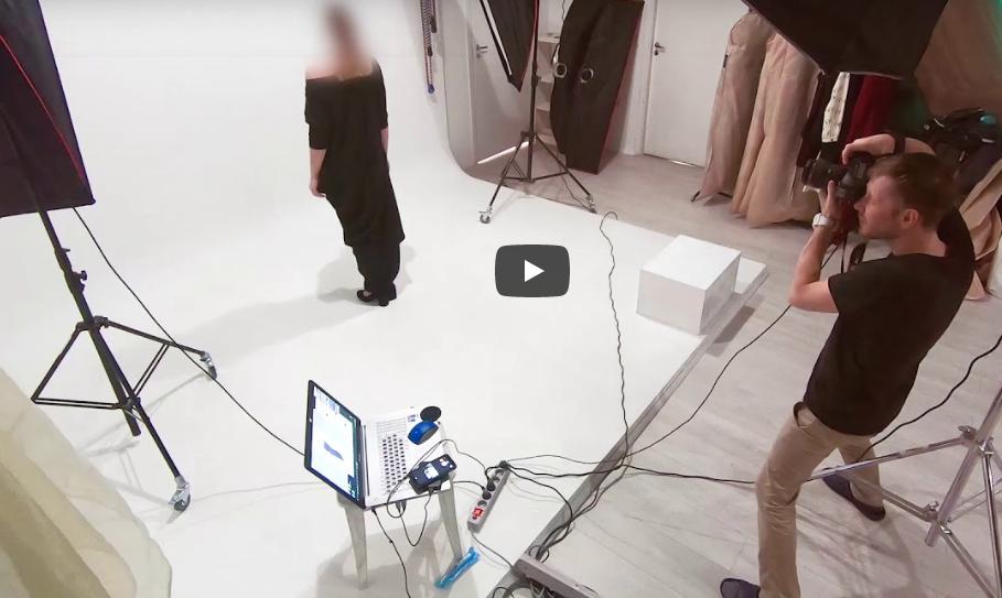 Предметная фотосъёмка платьев в студии Адини